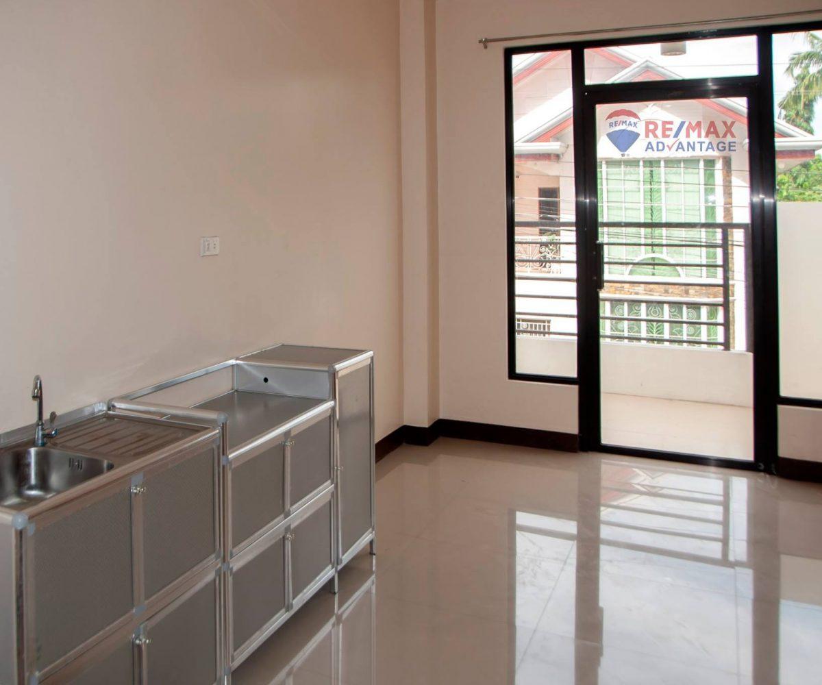 Apartment Listings: Nine Studio-Type Apartment Units For Rent In Sta. Cruz